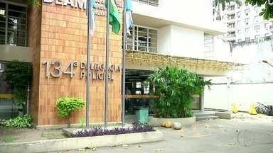 Atendimento volta a funcionar normalmente na delegacia de Guarus, em Campos,no RJ - Atendimento ficou restrito durante quase toda a segunda-feira (12).