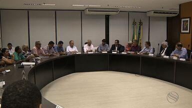Governador do Estado promove reunião para discutir estratégias de combate à seca - Governador do Estado promove reunião para discutir estratégias de combate à seca.