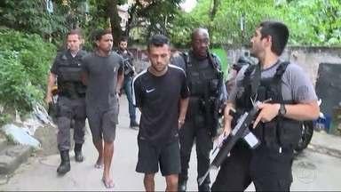 Traficantes do Chapéu-Mangueira aliciavam menores de idade para o tráfico - Três foram presos hoje.