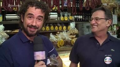 Felipe Andreoli visita padaria que vende panetone quase o ano todo - Panetone artesanal feito há mais de 100 anos em tradicional padaria paulista demora mais de 36 horas para ficar pronto