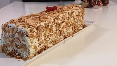Torta salgada para o Natal - Receita utiliza vários ingredientes da ceia.