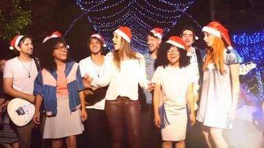 Só na Web: veja, na íntegra, o clip de Natal do Estúdio C - O nossos cantores paranaenses soltaram a voz, numa mensagem de muito carinho, solidariedade e amor.