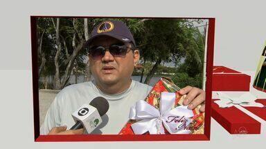Telespectadores do CETV1 desejam feliz Natal - Telespectadores presenteiam simbolicamente amigos e familiares.