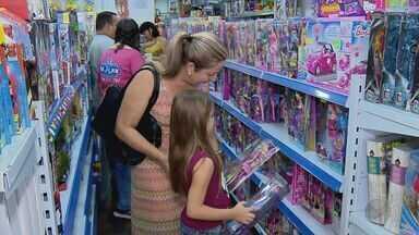Moradores deixam compras de Natal para a última hora no Sul de Minas - Moradores deixam compras de Natal para a última hora no Sul de Minas