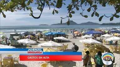 Preços no litoral assustam turistas nas praias - Muita gente decidiu passar o Natal no litoral norte.