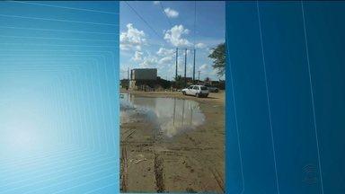 Telespectador mostra vazamento d'água em bairro de Campina Grande - Caso foi no bairro da Ressurreição.