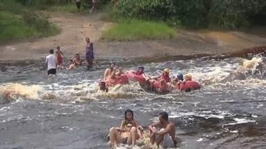 Chuva faz nível de corredeiras subir em Presidente Figueiredo, no AM - Fato exige atenção de banhistas.