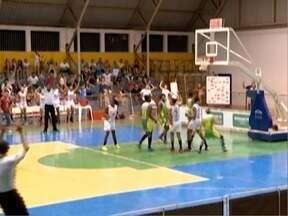 Meninas de Venceslau entram em quadra para enfrentar o Santo André - Partida é válida pela Liga de Basquete Feminino.