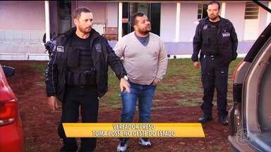 Vereador do oeste do estado toma posse dentro da cadeia - Ele foi o vereador mais votado de Quedas do Iguaçu e está preso desde novembro acusado de participar de uma milícia armada contra sem-terra