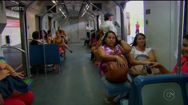 Vagão exclusivo para mulheres no metrô do Recife entra em fase de testes - Serviço começa a funcionar às 16h30 da segunda-feira (16) em um dos 34 trens existentes na malha viária do Grande Recife.