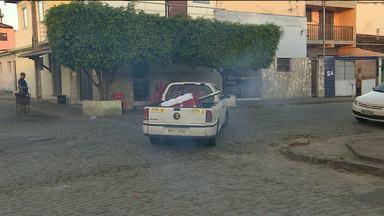 Carro fumacê começa a circular em bairros com alto índice do mosquito Aedes Aegypti - Veja quais são os bairros.