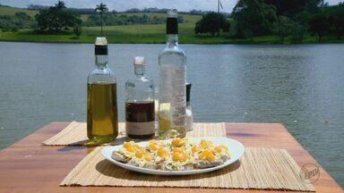 Prato Feito: Fernando Kassab ensina a fazer Salada Jaguaríuna - Receita combina carne de porco com palmito.