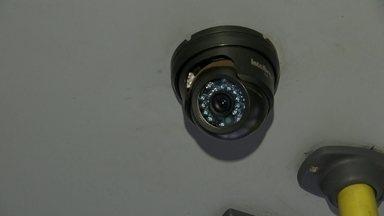 Ônibus da capital já circulam com câmeras de segurança - Mas as empresas ainda estão concluindo as centrais de monitoramento.