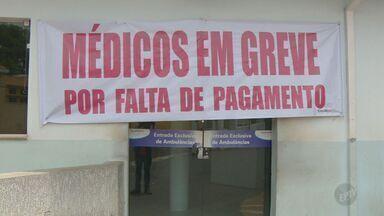 Caos na saúde faz com que pacientes esperem horas para serem atendidos - Reportagem da EPTV acompanhou três cidades da região de Campinas (SP) que sofrem com constantes greves e faltas de médicos.