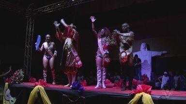 Nova Corte Carnavalesca de Santos será escolhida nesta sexta-feira - Rei Momo, Rainha e Princesa do Carnaval serão eleitos por 20 jurados.