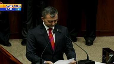 Edegar Pretto faz primeiro discurso como presidente da AL-RS - Deputado do PT assumiu no lugar de Silvana Covatti (PP).