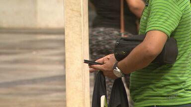 Pedestres são alvos de assaltantes em Ribeirão Preto, SP - Em apenas um dia, polícia registrou oito crimes contra moradores que caminhavam pelas ruas da cidade.
