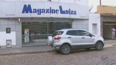 Quadrilha é presa em Divinolândia depois de assaltar loja de eletroeletrônicos - Grupo já estava sendo investigado e confessou outros assaltos na região.