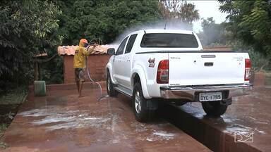 Secretaria Municipal de Meio Ambiente fiscaliza postos de lavagem de veículos em Balsas - A maioria joga resíduos de óleo em graxa em riachos, córregos e até no Rio Balsas.