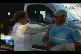 Uberaba intensifica vacinação contra febre amarela na zona rural - Medida foi tomada após morte de dois macacos em Sacramento na última semana.