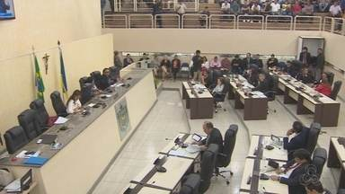No Amapá, deputados retomam atividades parlamentares - Retoma das atividades sem mesa diretora. Os deputados que tinham os cargos renunciaram.