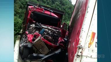 Acidente na Serra da Esperança envolve três caminhões e um carro - A fila chegou a 18 quilômetros. Apenas uma pessoa se feriu mas sem gravidade