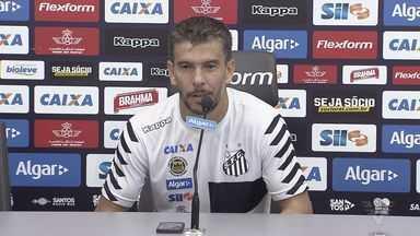 Leandro Donizete substitui Renato contra o RB Brasil - Volante estreia no Santos neste domingo (12).