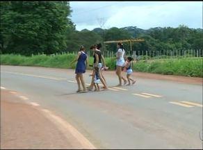 Moradores denunciam falta de sinalização na TO-222, em Araguaína - Moradores denunciam falta de sinalização na TO-222, em Araguaína