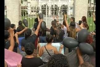 Mulheres de PMs fazem protesto em Belém e no interior do Pará - Elas pedem aumento de salário para a categoria.