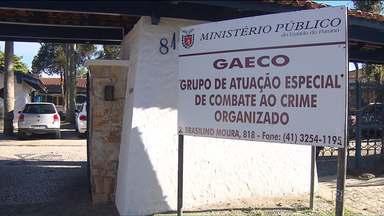 Justiça aceita denúncia contra policiais de Araucária - Cinco policiais são acusados de cobrar dinheiro de pessoas investigadas.