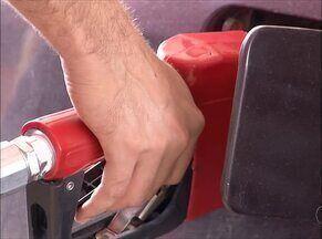 Postos notificados pelo Procon entregam documentação sobre compra da gasolina - Postos notificados pelo Procon entregam documentação sobre compra da gasolina