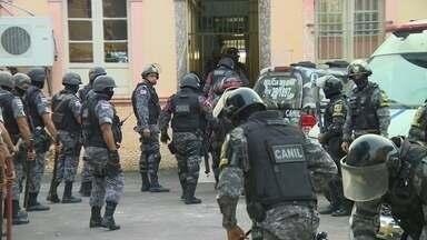 Cadeia Pública registra tumulto de presos nesta quinta (23), em Manaus - Detentos fizeram 'batidão' de grade na unidade, por volta de 20h.