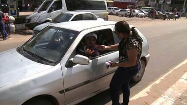 Blitz de Saúde orienta cidadãos em Santa Inês - Uma ação realizada no centro da cidade reforçou as orientações sobre como evitar a Aids e outras doenças sexualmente transmissíveis.