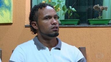 Preso desde 2010, ex-goleiro Bruno é solto graças a liminar do Supremo - Ele foi condenado a 22 anos de prisão, recorreu e o recurso ainda não foi julgado; por isso poderá aguardar o julgamento em liberdade.