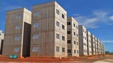 Obras estão paradas em residenciais em Rondonópolis - Obras estão paradas em residenciais em Rondonópolis.
