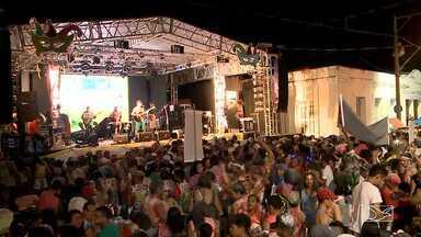 Atrações variadas marcam ultimo dia de folia em Imperatriz - Bandas e cantores animaram os foliões na noite de terça-feira na cidade situada a 626 km de São Luís.