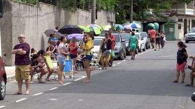 Vacinação contra febre amarela é retomada em Vila Velha, ES - Imunização teve início ao meio-dia.