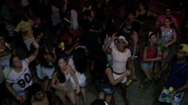 Confira como foi o último dia de carnaval nas praias do litoral de Alagoas - Festas em Coruripe, Barra de São Miguel, Paripueira e Barra de Santo Antônio animaram os foliões.