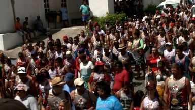 Bloco Nação Rubro Negra é atração desta quarta em Marechal Deodoro - Dezenas de pessoas vão acompanhar o bloco para se despedir da folia.
