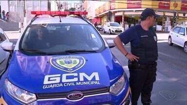 Prefeitura de Cachoeiro, no Sul do ES, mantém guardas armados mesmo com a PM - Objetivo é reforçar a segurança.