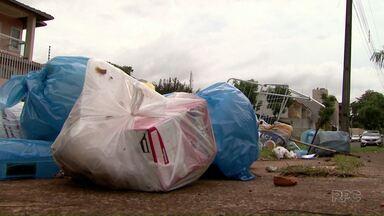 O recolhimento do lixo continua sendo feito pela metade em Foz - O acordo entre os coletores de lixo e a empresa, ainda não aconteceu.