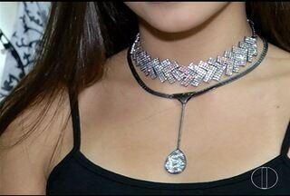 Consultora de moda dá dicas para usar acessórios - Saiba como combinar anéis, pulseiras e colares.