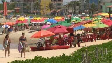 Carnaval acabou, mas movimento nas praias do Sul do ES continuam - Quem conseguiu prolongar a folga foi curtir nos balneários.
