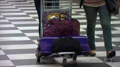 Maiores companhias aéreas do país definem como será cobrança por bagagem despachada - A partir de terça-feira (14), as companhias aéreas podem começar a cobrar pela bagagem. Cada uma delas tem a liberdade para definir as próprias regras.