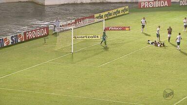 Ferroviária derrapa novamente em casa e perde para o São Bento - Equipe de Araraquara perdeu por 1 a 0 na Arena da Fonte.