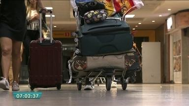 Justiça de SP concede liminar que suspende cobrança extra por despacho de bagagem - Nova regra havia sido aprovada pela Anac, com entrada em vigor na terça-feira.