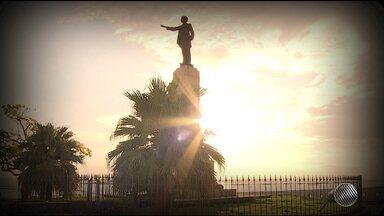 Aniversário de Castro Alves é comemorado com homenagens nesta terça (14) - Há 170 nascia Antônio Frederico de Castro Alves, na vila de Curralinho, no Recôncavo Baiano.