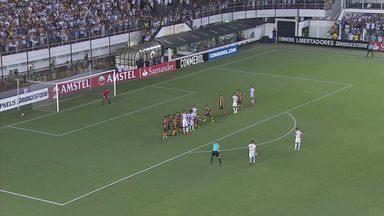 Santos ganha do The Strongest, na Bolívia - Partida foi válida pela Copa Libertadores.