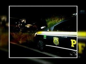 Homem morre em acidente na BR 158 em Palmeira das Missões, RS - Carreta invadiu pista contrária e colidiu contra camionete