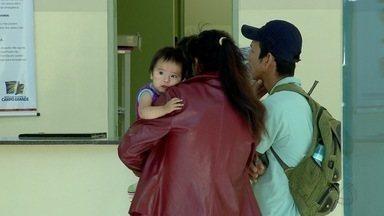 De 10 postos que atendem emergências, 2 tinham pediatras na manhã desta terça-feira - Em Campo Grande, as unidade de saúde ficaram cheias com pacientes esperando pela consulta.